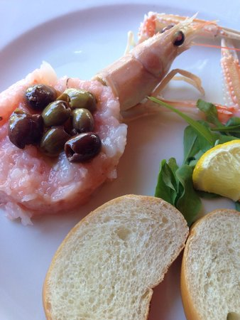 Tavernetta al Molo: Shrimp tartar