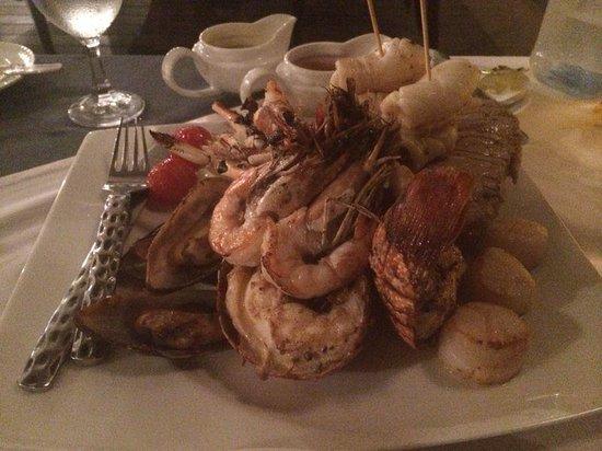 Banyan Tree Seychelles: Seafood platter