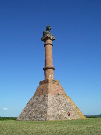 Paysandu Department, أوروجواي: Monumento con busto de nuestro Prócer.
