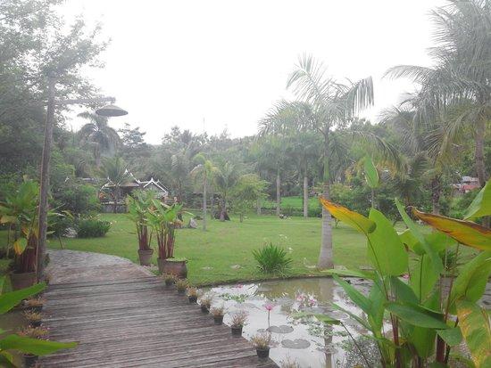 Santi Resort & Spa : view