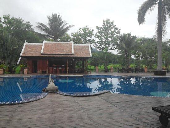 Santi Resort & Spa : pool