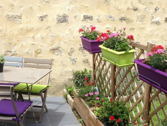 La Mêloise : détails de la terrasse