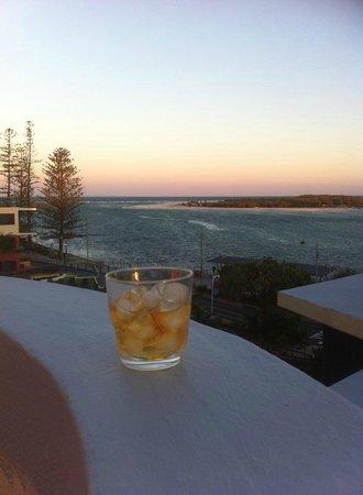 Breakfree Grand Pacific Resort Sunshine Coast : Watching the beautiful sunset
