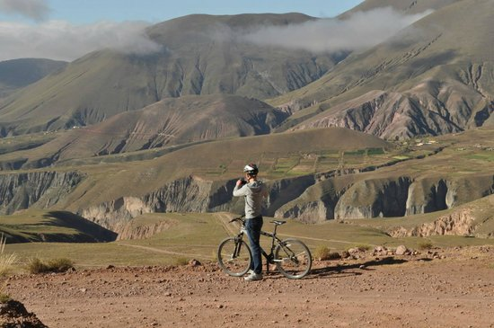 Andes Challenge: MTB downhill