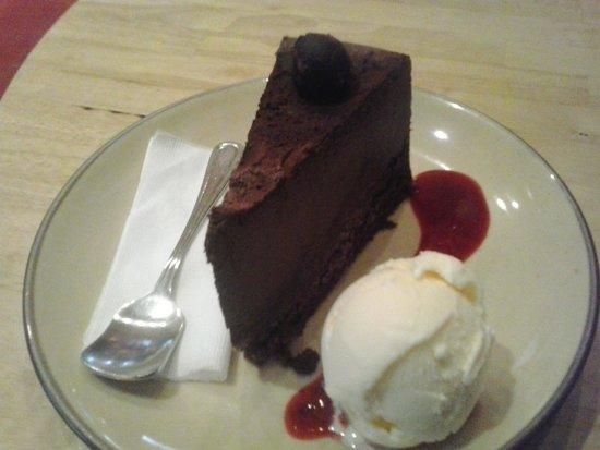 Hummingbird Eatery: chocolate mousse