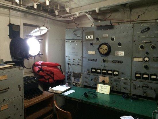 SS Jeremiah O'Brien : Radio room