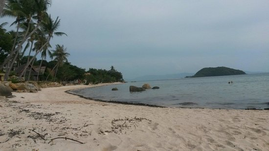 Sea Sunset Resort: Plage au pieds du resort