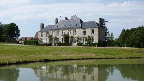 Chateau de Sarceaux : Chateau
