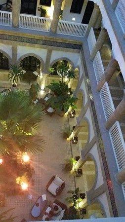 L'Heure Bleue Palais: Vue 3ème - corridor