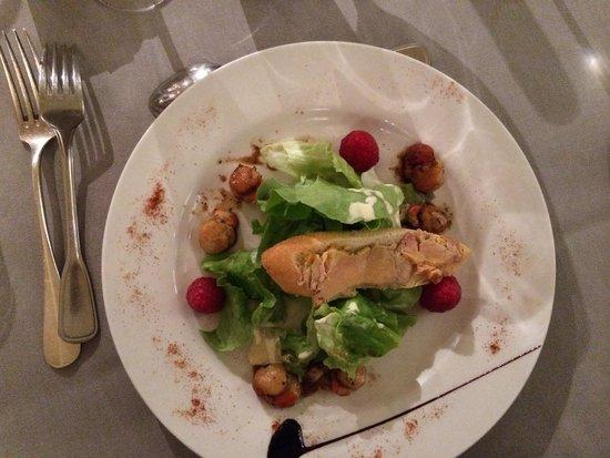 Le Relais de Fusies : Salade pétoncle framboise et tartine foie gras