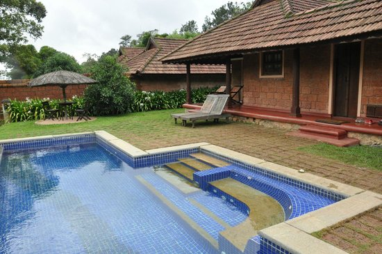 Evolve Back, Coorg: pool and villa view