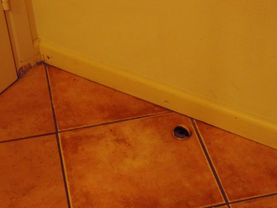 Hotel Liene: Floor/wall