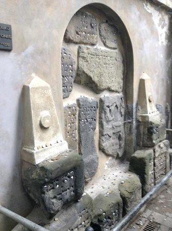 Jewish Museum in Prague: gravestones relocated here