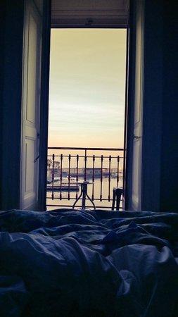 Marina Piccola 73: Veduta del porticciolo disteso dal letto ...