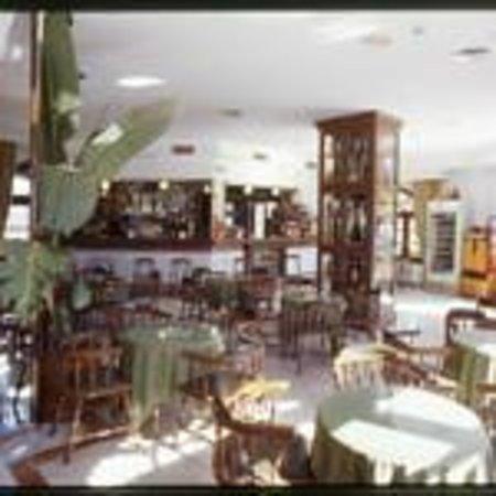Hotel Pozo del Duque: Comedor - cafetería - restaurante