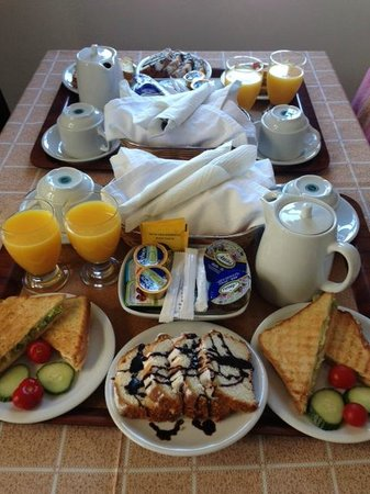 Anthonas Apartments : Breakfast