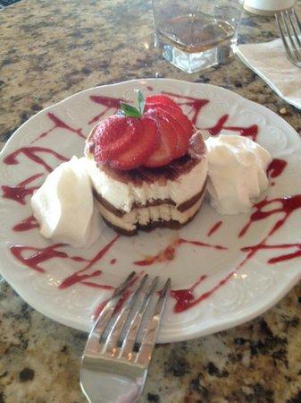 Sanibel Harbour Marriott Resort & Spa: Tiramisu at bar