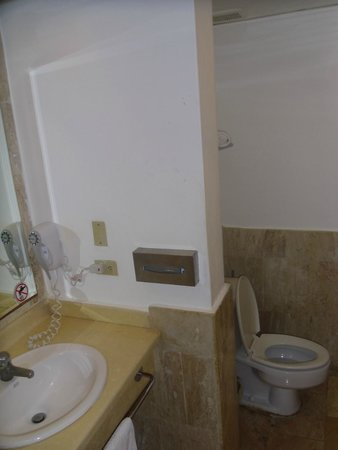 VIK Hotel Arena Blanca: Bathroom