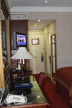 Radisson Blu St. Helen's Hotel, Dublin: Room interior