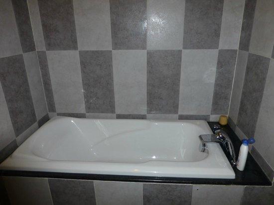 Romance Hotel : Notre salle de bains