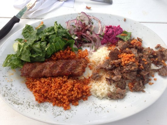 Turkuaz Grill: Wonderful food, authentic atmosphere, and a beautiful view over the river. The prices were reaso
