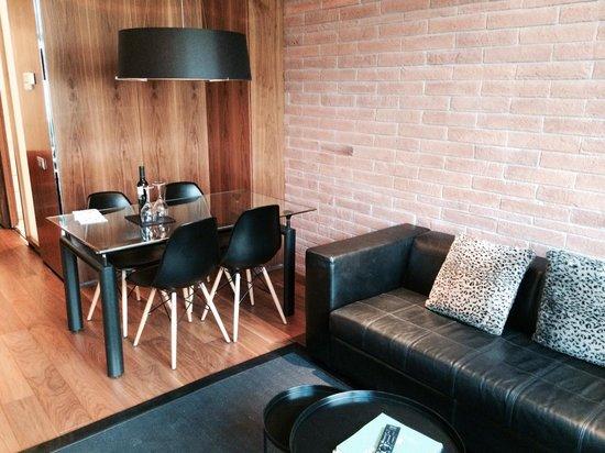 Suites Avenue : Séjour