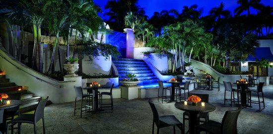 The Ritz-Carlton Coconut Grove, Miami: Courtyard