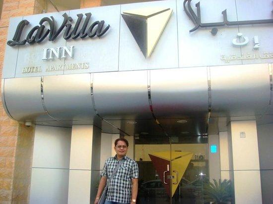 La Villa Inn Hotel Apartments: Me @ La Villa Inn