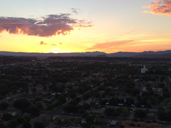 Inn on the Cliff : Good morning St. George