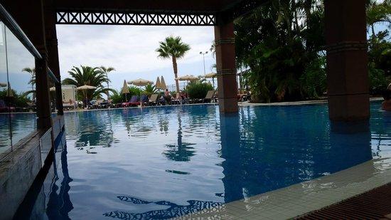 H10 Costa Adeje Palace : Large pool