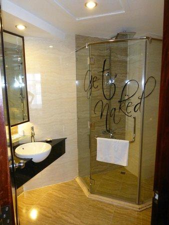 Sanouva Saigon Hotel: Notre salle de bains