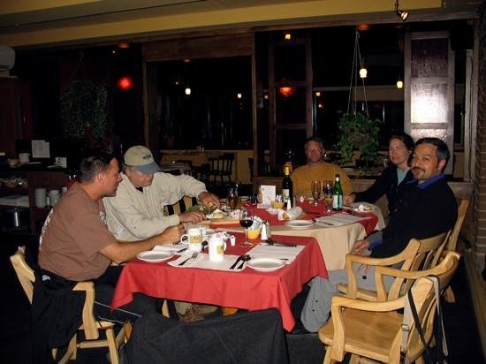 Restaurant Bar Les Trois Barils: at the trois barils with friends !