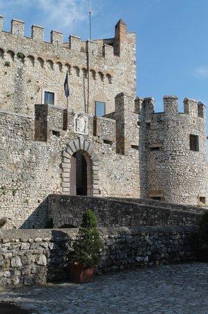 Castello Orsini Hotel: Castello Orsini