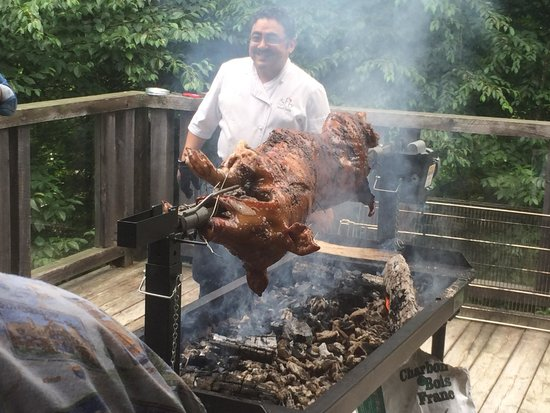 Tremblant Mountain Chalets: Chef roasting hog