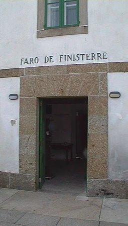 El Camino de Finisterre: faro