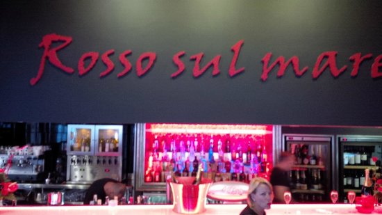 Rosso Sul Mare Restaurant & Wine Bar : Rosso indeed