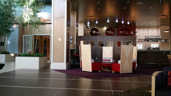 Embassy Suites by Hilton Raleigh - Durham Airport/Brier Creek: Lobby and Manager's Reception area