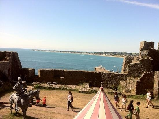 Mont Orgueil Castle: view
