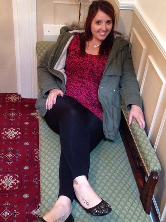 Karden House Hotel: Enjoying a sit down :-)