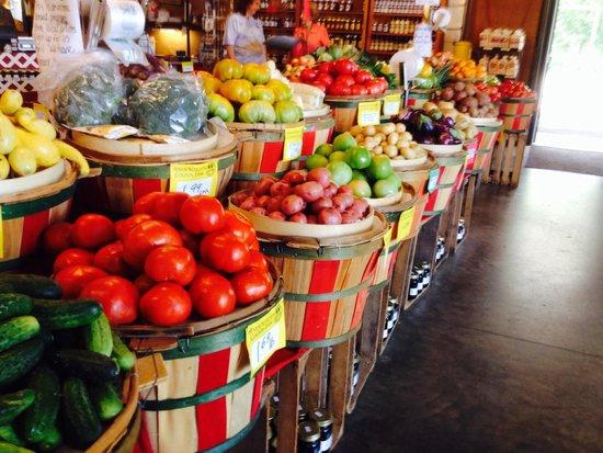 Bradys Farm Market