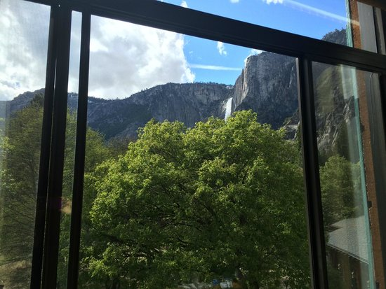 The Majestic Yosemite Hotel: View from our room of Yosemite Falls