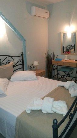 Kampos Home Sifnos: Room