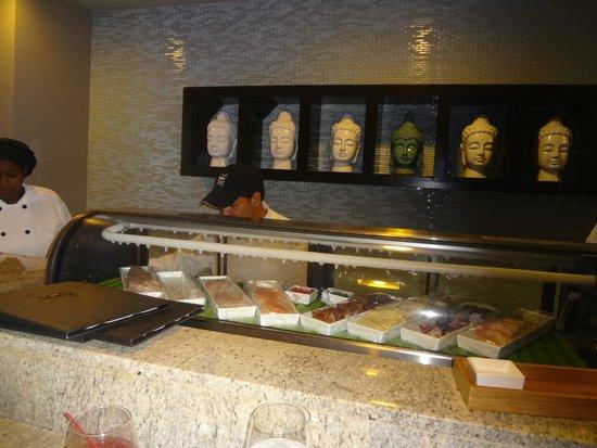 Sandals Halcyon Beach Resort : Sushi Bar