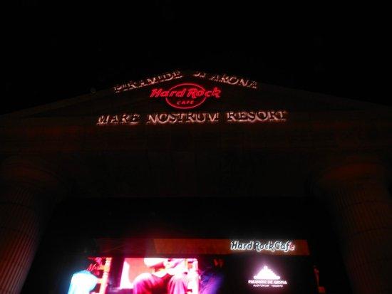 H10 Las Palmeras : Hard Rock