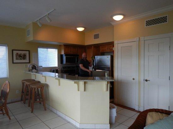Sands at Grace Bay: Full kitchen.