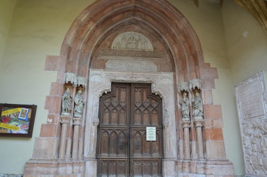 Nonnberg Convent : The door.