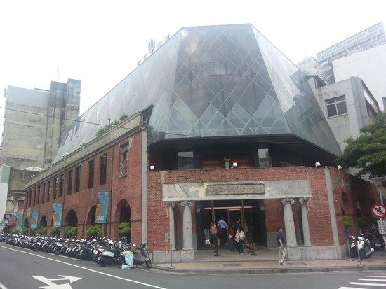 Miyahara: 建物外観