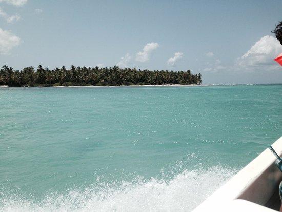 Royalton Punta Cana Resort & Casino: Natural pool reaching Isla Saona
