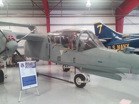 Valiant Air Command Warbird Museum : you can walk right up to it