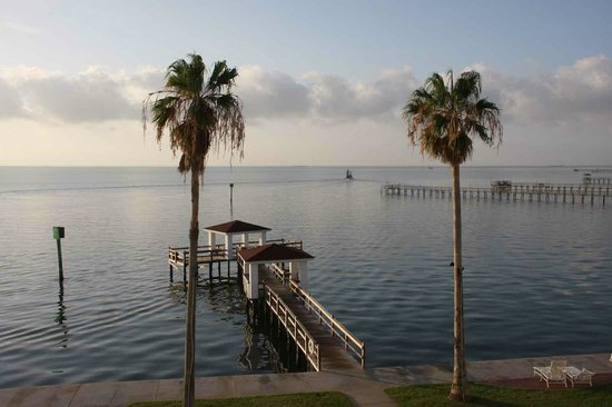 Lighthouse Inn at Aransas Bay: view from balcony. Tip correction from review: Odd numbered rooms face the bay